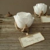 Flower place card favors
