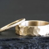 14k gold stardust and carved wedding set