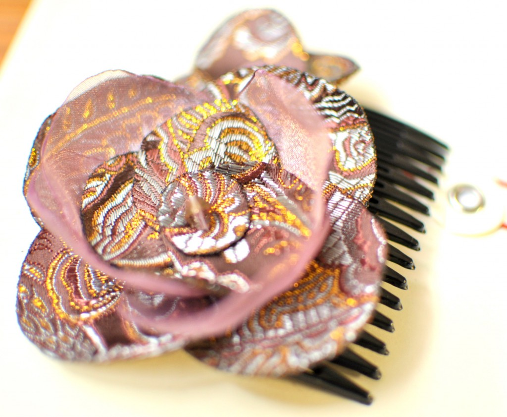 Plum and Gold Haircomb
