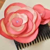 Pretty in Pink Haircomb