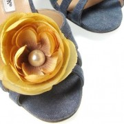Magnetic Ivory Gold Crinkled Silk Flower Shoe Clip