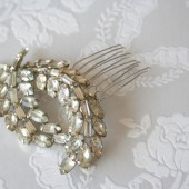 True vintage brooch hair comb
