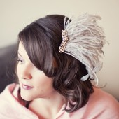 Wispy feather fascinator