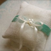 small burlap ring pillow