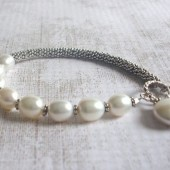 Beacon Freshwater Pearl and Sterling Silver Toggle Bracelet with Coin Pearl Charm