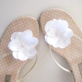 Ivory flower shoe clip