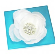 White Rhinestone Flowers Magnetic Shoe Clips