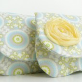 Clutch gray and yellow print