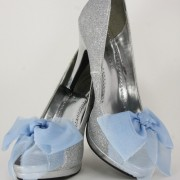 The Gemma Bow Shoe Clip