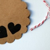 Hearts scalloped circle kraft tag
