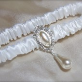 Rhinestone Pearl Drop Narrow Band Satin Luxe Garter