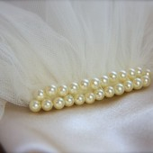 Pearl Top Bridal Illusion Tulle Veil