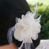 Noah - small bridal hair piece with feather