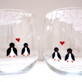 Penguins in Love Stemless Wine Glasses