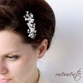 Nancy Swarovski Elements Bridal Hair Comb by Mauve Binchely / Head piece with beautiful flowers and leaves motives / Classic Wedding Jewelry