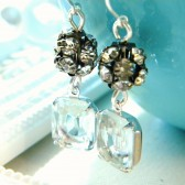 Clear Vintage Rhinestone Earrings