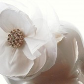 White Vintage Flower Fascinator