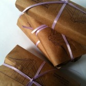 Coffee gifts with custom stamp, perfect for guest bags or favors