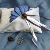 Ring bearer pillow - Blue daisy - elegant original