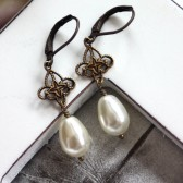 A Star Drop with Vintage Style Swarovski Crystal Pearls Earrings. Bride's Earrings.