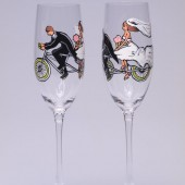 Hand painted Wedding Toasting Flutes Set of 2 Personalized Champagne glasses Groom and Bride on Bicycle