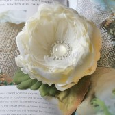 Large Feather Flower/Ivory Pearl