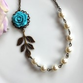 A Something Blue Rose Flower with Ivory Pearls Necklace. Something Blue. Vintage Wedding. Bridesmaid Necklace. Vintage Bride