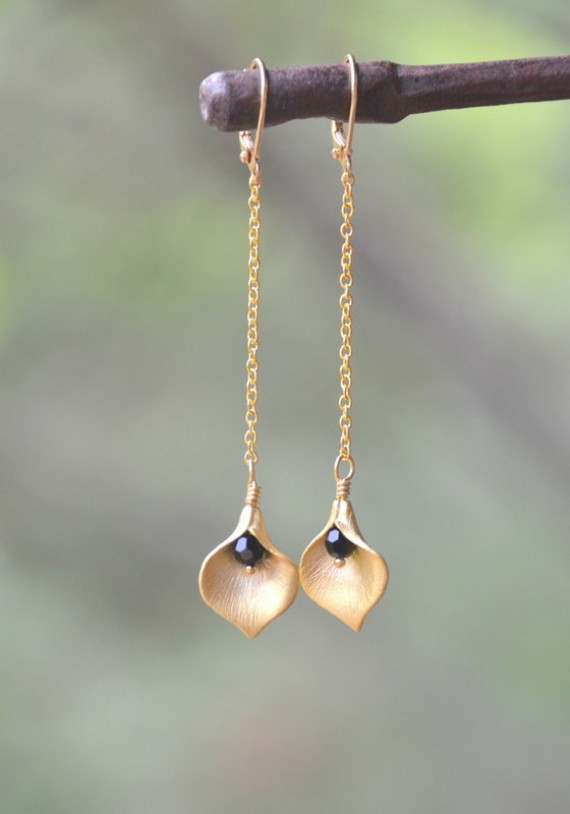 calla lily earrings (by rustic gem)