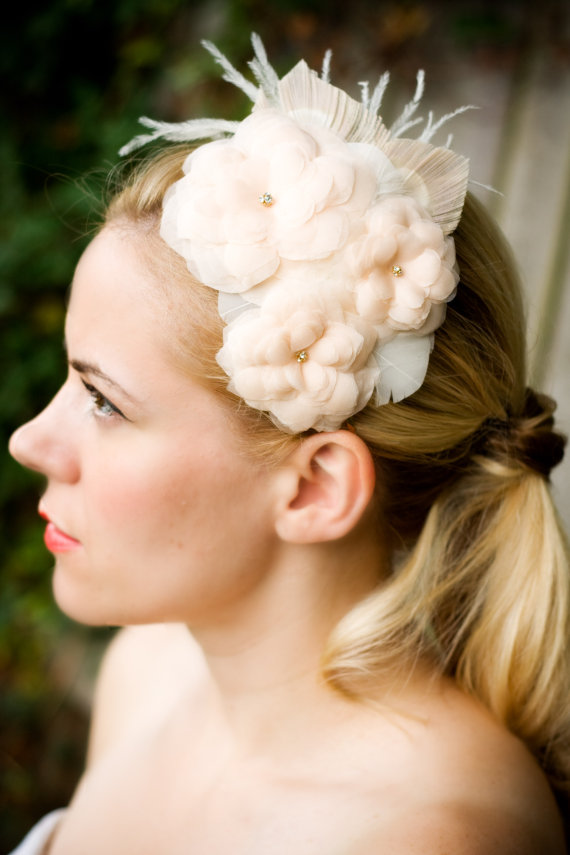 bridal hair accessory in blush