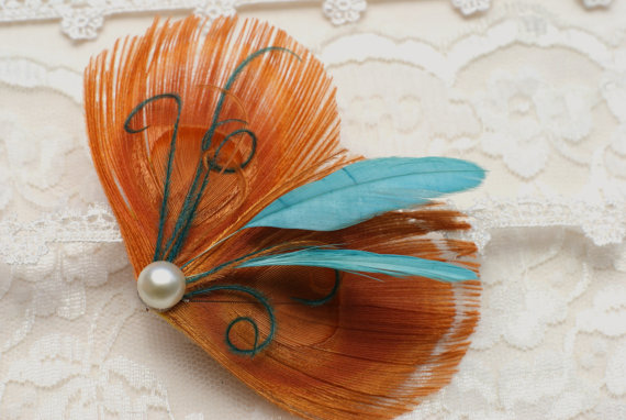 bridesmaid hair feathers in orange