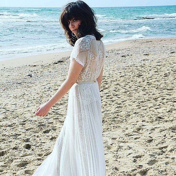 BOHO WEDDING DRESSES  You have to see these beautifulhellip