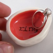 coral ring holder