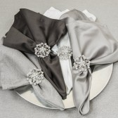 FLOWER RHINESTONE AND PEARL NAPKIN RING 411 N