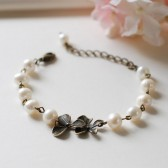 Orchid Flower Cream White Freshwater Pearls Bracelet. Vintage Style Brass Orchid and Pearls bracelet. Adjustable Bridal Pearls Bracelet