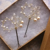 Addy hair pins in gold