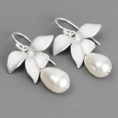 white pearl bridal earrings