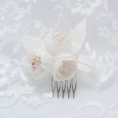 Bridal headpiece, Bridal hair comb, White Flowers, Ivory wedding head piece, Bridal hair clip, Floral wedding comb
