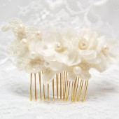 Ivory pearl and flower bridal comb, Bridal hair accessories, Bridal comb, Ivory hair piece, Ivory lace comb, Lace bridal accessories