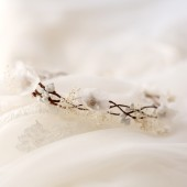 Bridal floral crown, Baby's breath crown, Wedding hair accessories, Ivory flower wreath, Bridal headpiece, White bridal head piece