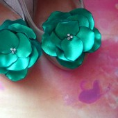 Bridal Shoe Clips emerald green Satin Flowers with Rhinestone Center Handmade Green wedding