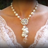Ginger white pearl bridal necklace - Y drop