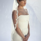 Cocoon- one layer wedding bridal veil, 36 inch fingertips length with scallop shaped lace, ivory or white