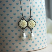 Ivory chrysanthemum mum with ivory pearl earrings