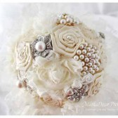 Brooch Bouquet Bridal Bouquet Jeweled Bouquet in Ivory, Cream and Champagne