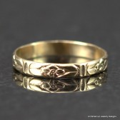 14k Gold Flower Band