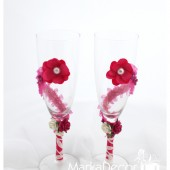 Wedding glasses with handmade flowers, pearls, lace in fuchsia (1 Pair)