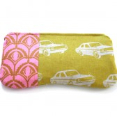 zipper pouch in retro cars