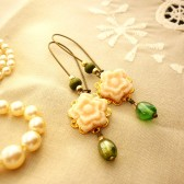 Sweet Peach Flower Earrings