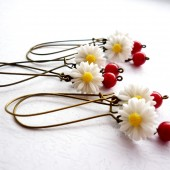 White Daisy Bridesmaid Earrings