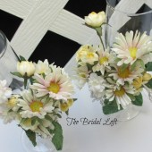 Daisy Wedding Toasting Glasses